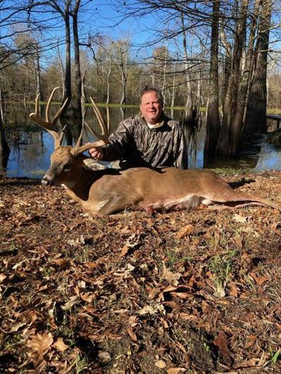 GILES: Andrew Hart kills buck of a lifetime