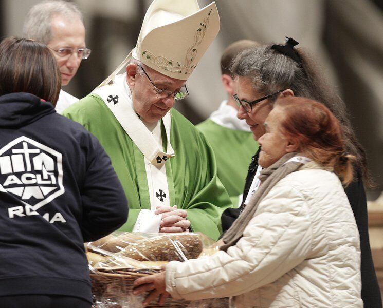 Pope: Rich can't get priority for vaccine, poor need help