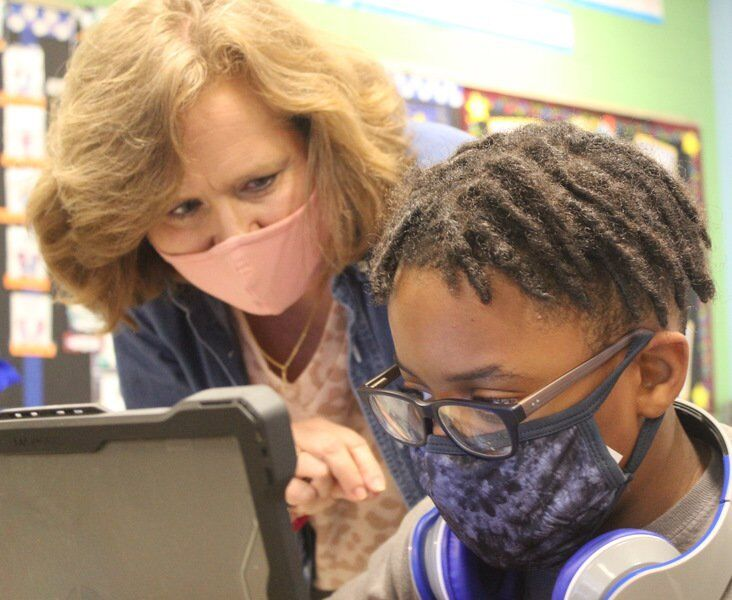 Newton County's Cindy Thompson named Golden Apple Teacher for February