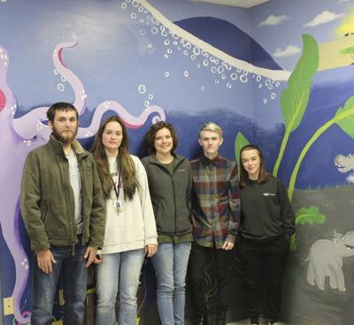 NEIGHBORS: ECCC students paint mural for foster children