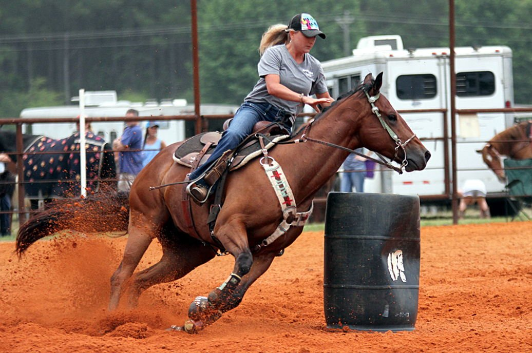 Quitman resident trains horse for barrel racing at State