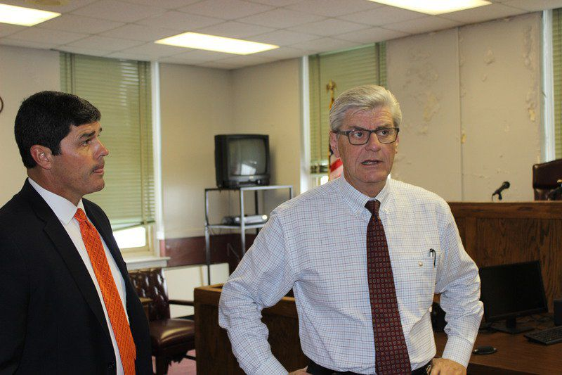 Bryant tours courthouse, states concern