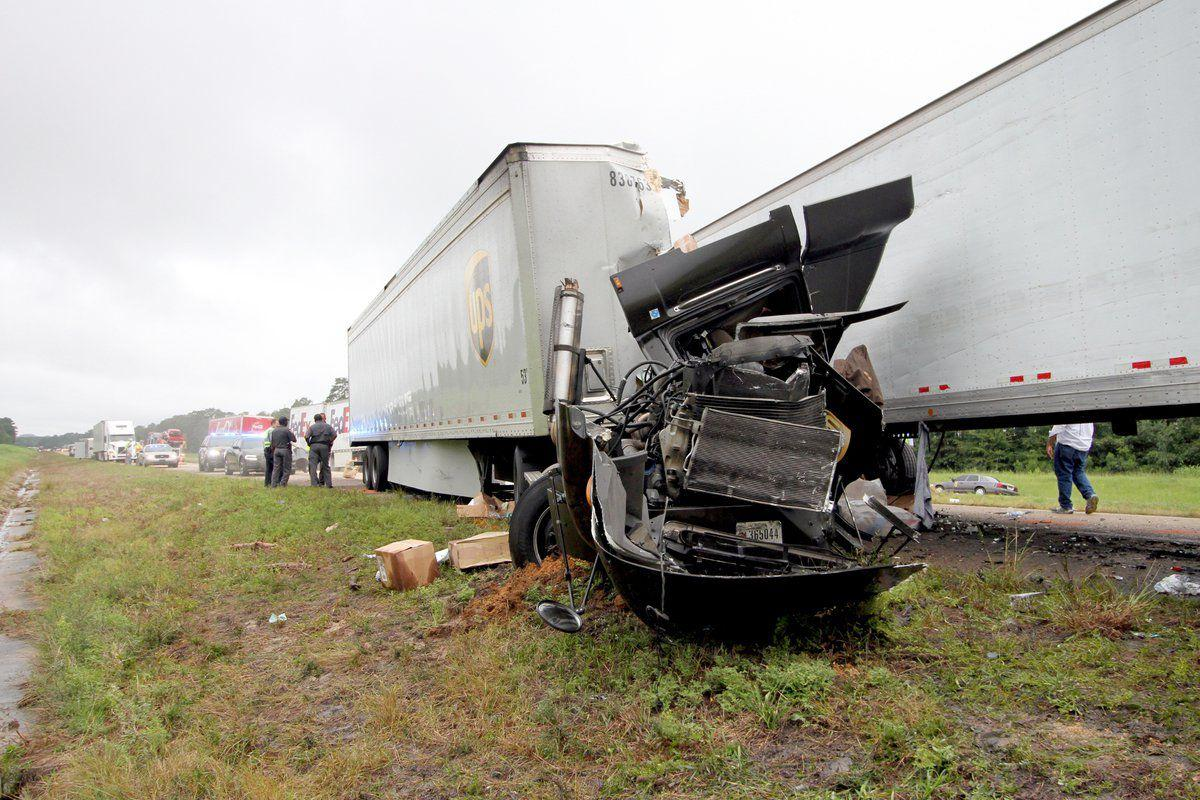 Mississippi newton county newton - Ups Driver Killed 2 Injured In I 20 Truck Accident In Newton County