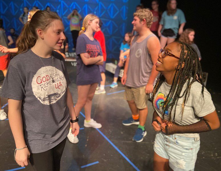 Teen actors head 'Back to the 80s' at Meridian Little Theatre