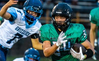Wolverines down Grizzlies in first ever football game, 20-14