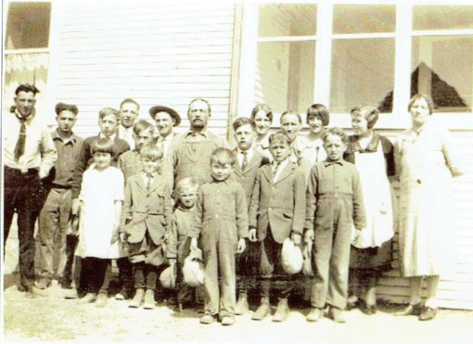 Members of the Niemiste family