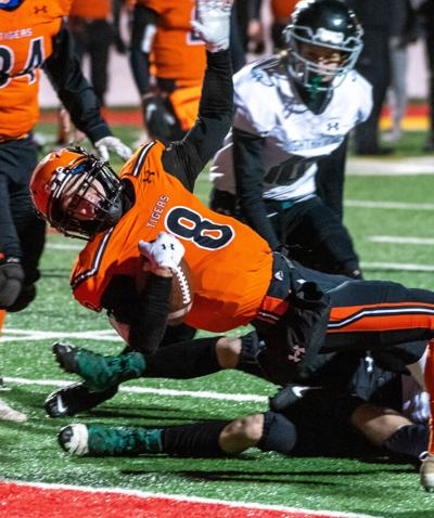 Cherry shakes off rust, ousts Northeast Range, 54-20