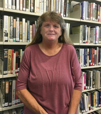 New library director is familiar face 1