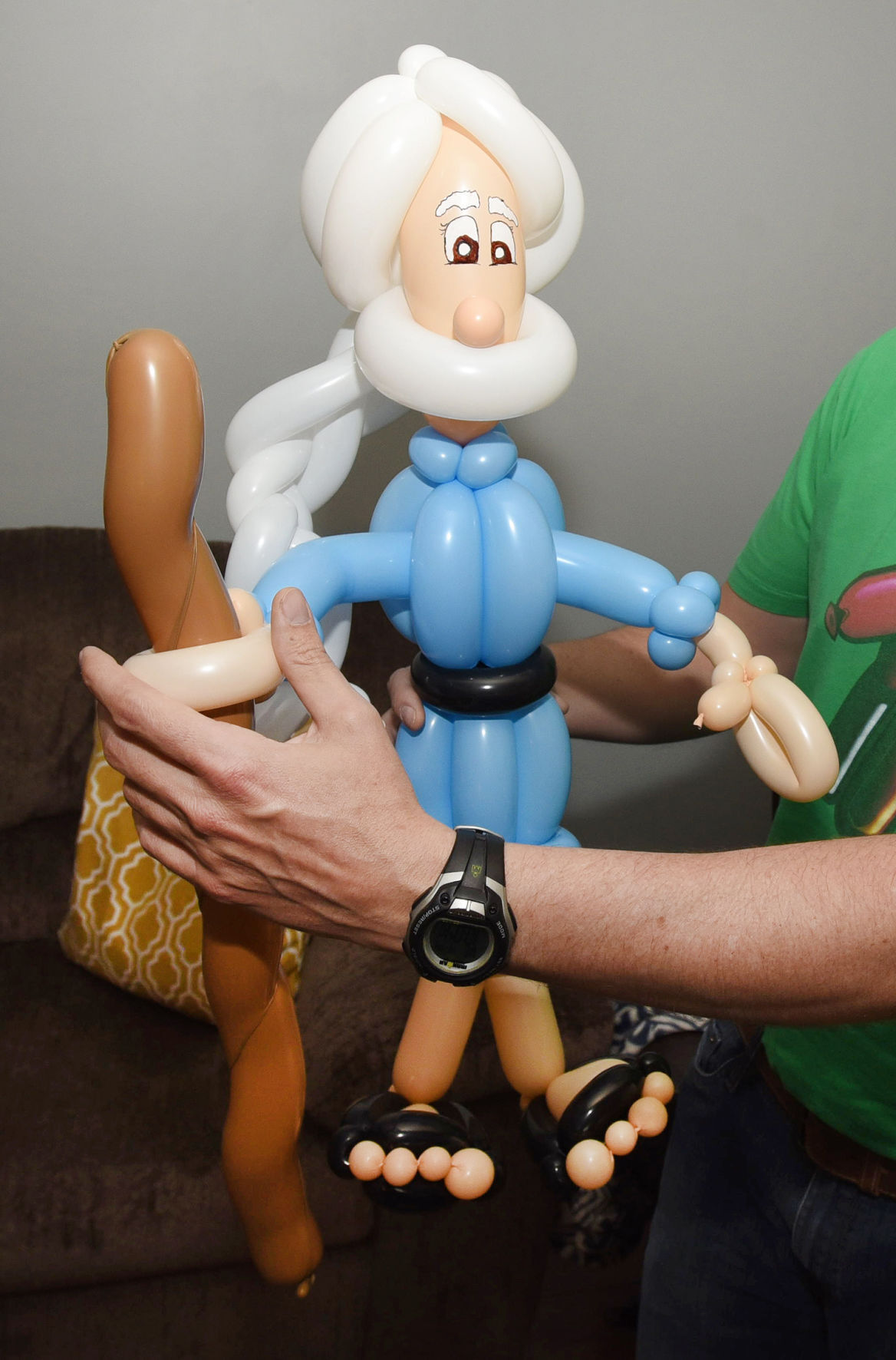 Twisting and Turning: Balloon artist turns talent into ministry