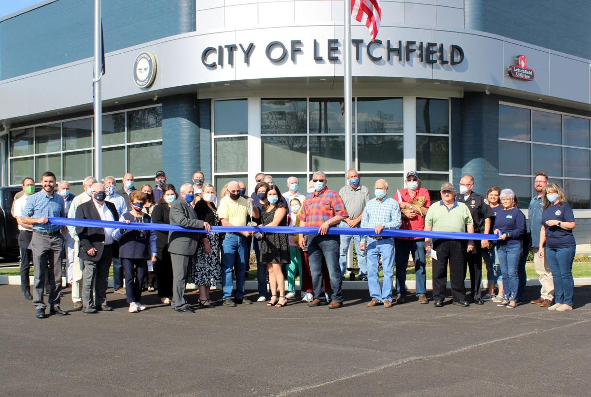 Leitchfield cuts ribbon on new city hall, PD 1