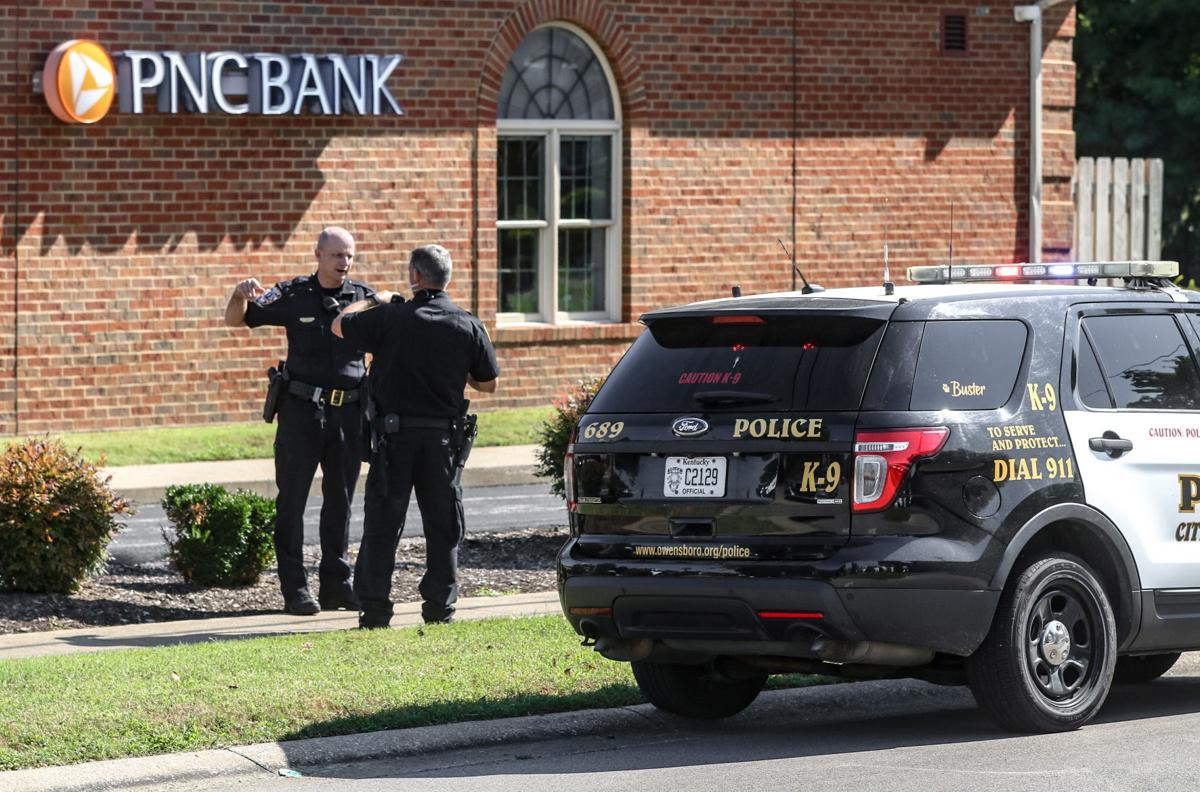Armed robbery reported at PNC Bank in Owensboro