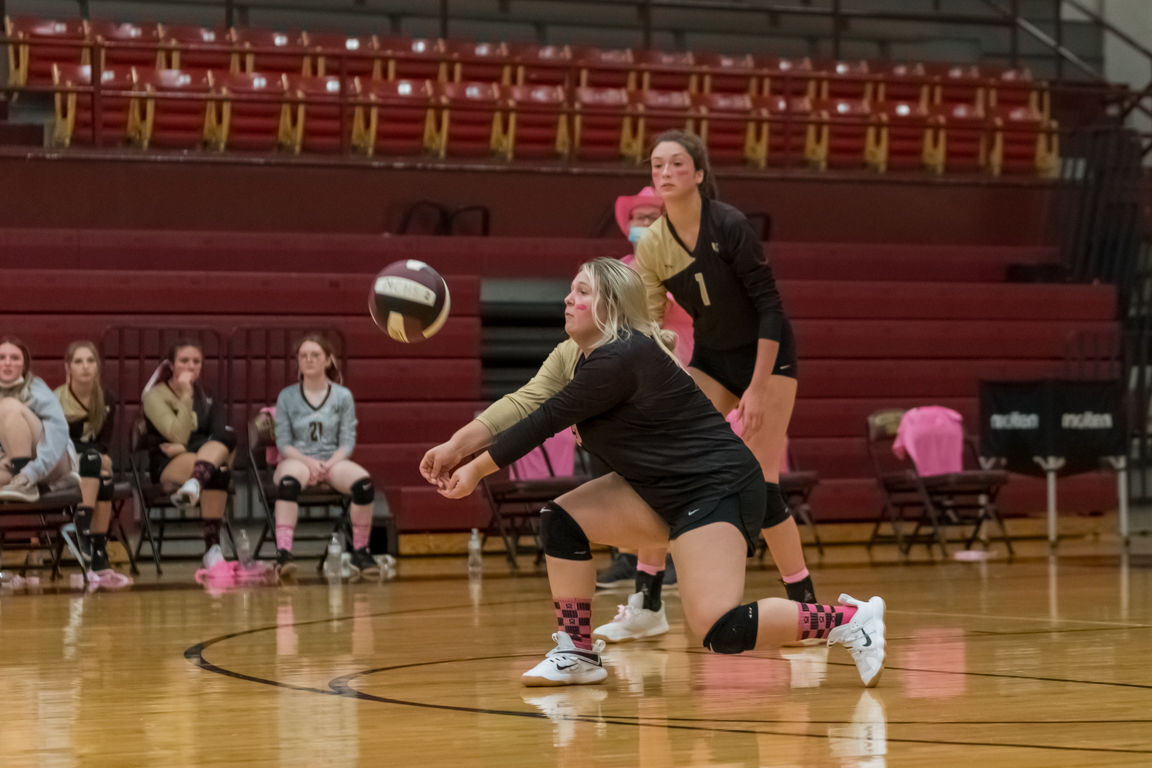 Lady Cougar netters drop five matches