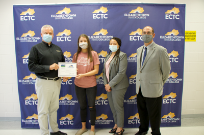 GCHS student receives EIFTC scholarship 1