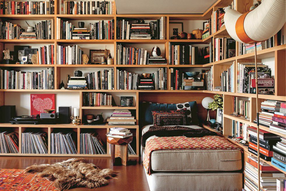 home-bookshelves-a6856128-8ef2-11ea-9e23-6914ee410a5f.jpg