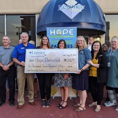 Hope Unlimited receives donation