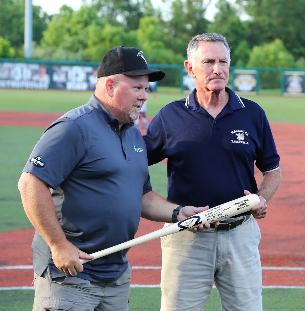 Southern Illinois Healthcare, baseball team honor Hosman