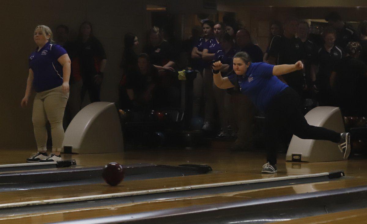 Troutt earns regional bowling title