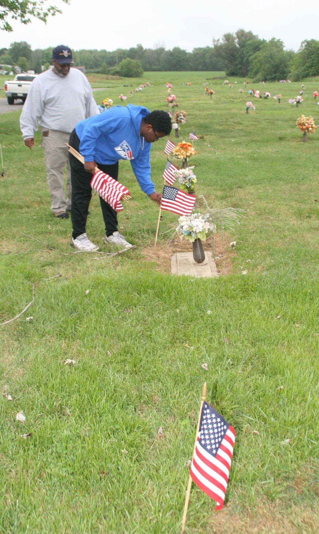 METNWS-06-03-21 MEMORIAL DAY OBSERVANCES_PHOTO 1
