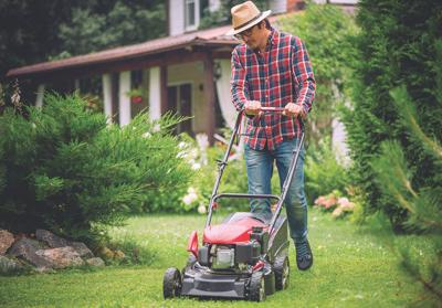 METNWS-08-27-20 HI_MOWING - PHOTO