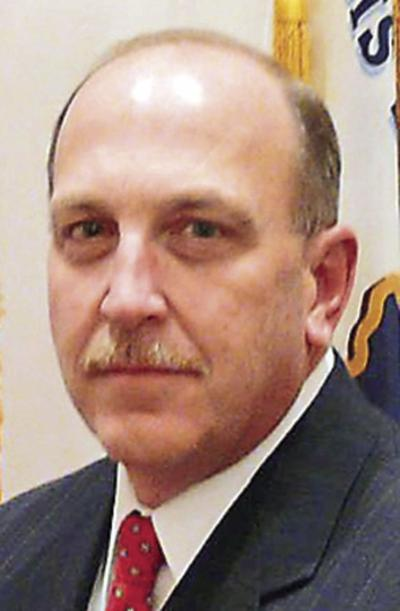 Holder to retire as sheriff