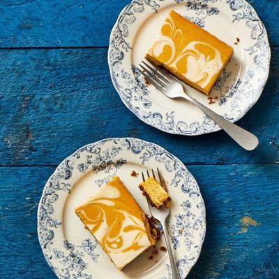 pumpkin-cheesecake-bars-1598467855.jpg