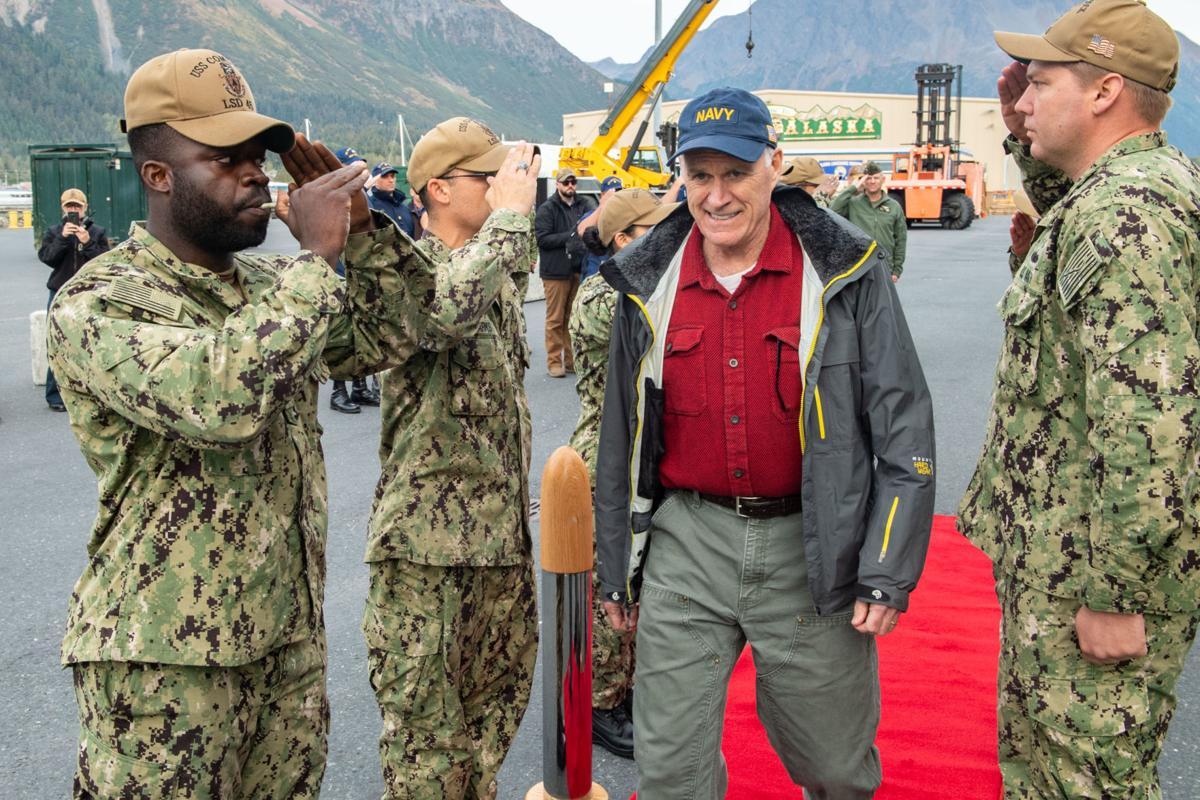 SECNAV visits AECE Personnel aboard USS Comstock