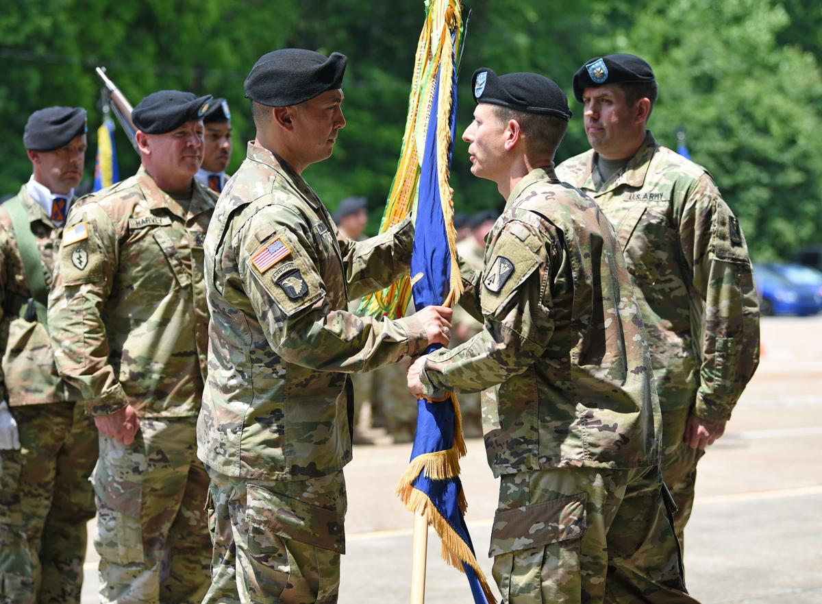 1st Battalion, 210th Aviation Regiment change of command