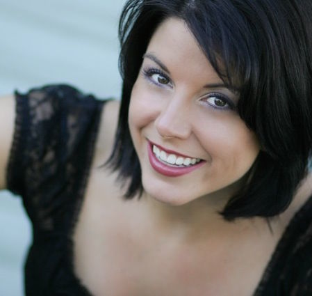 Heather Mayes Headshot crop.jpg