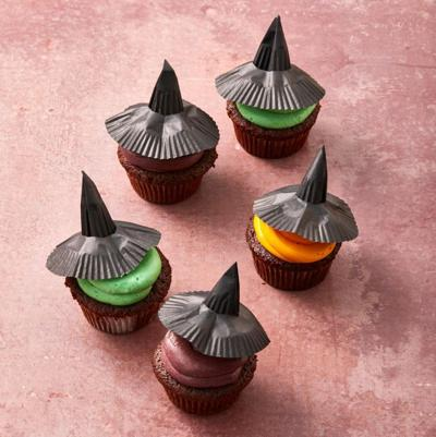 witch-cupcakes-1596046437.jpg