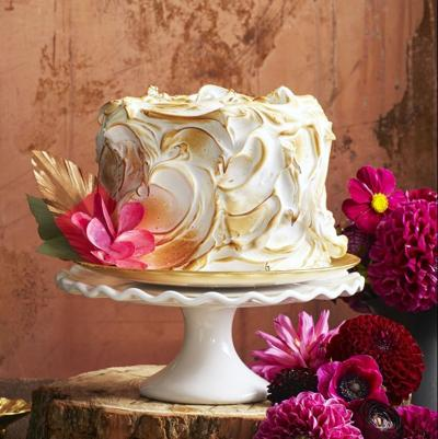 pumpkin-spice-cake-christmas-desserts-1537286741.jpg