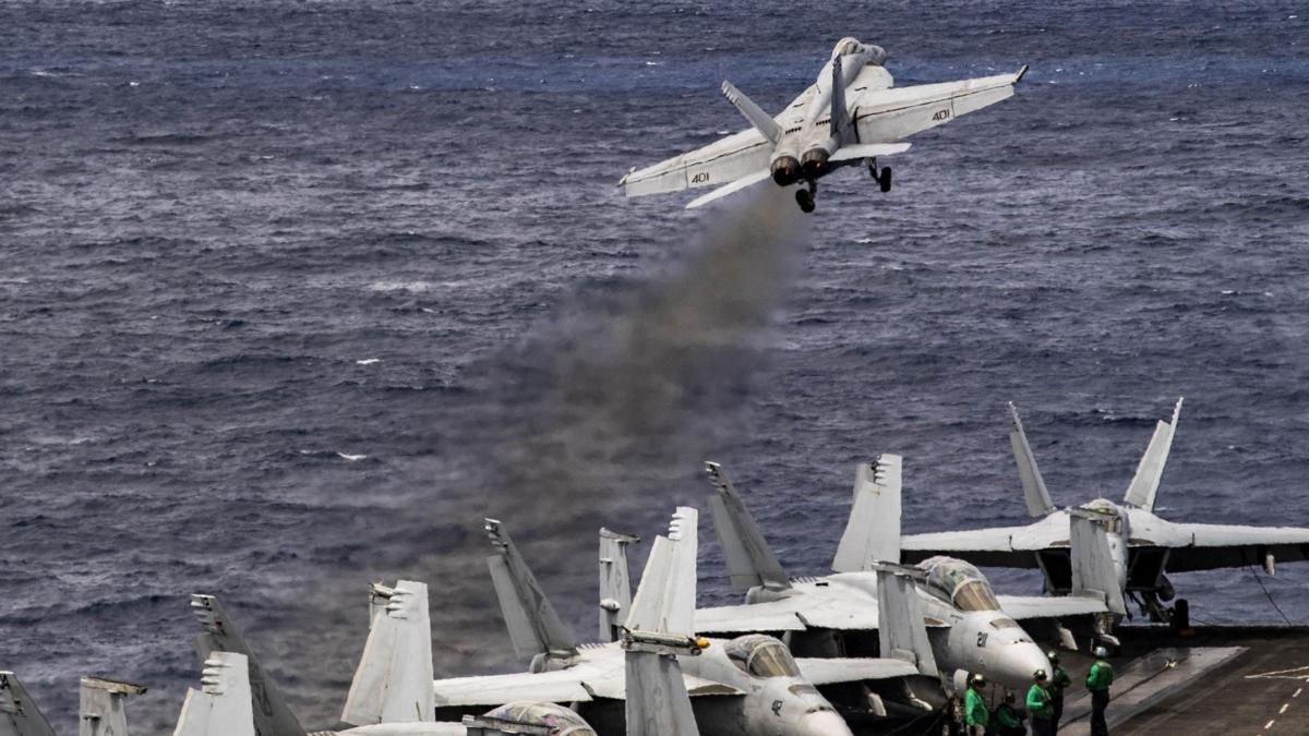 Truman Strike Group and 2nd Marine Aircraft Wing complete week of integrated training