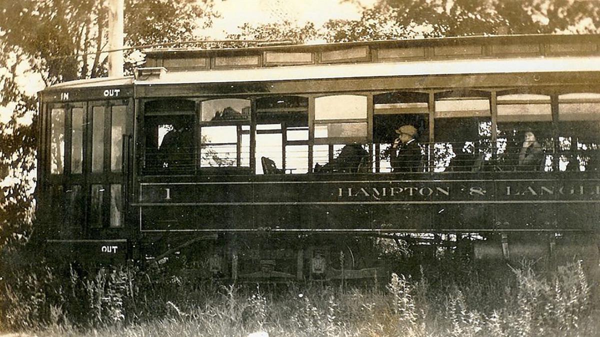 Streetcar 390.jpg