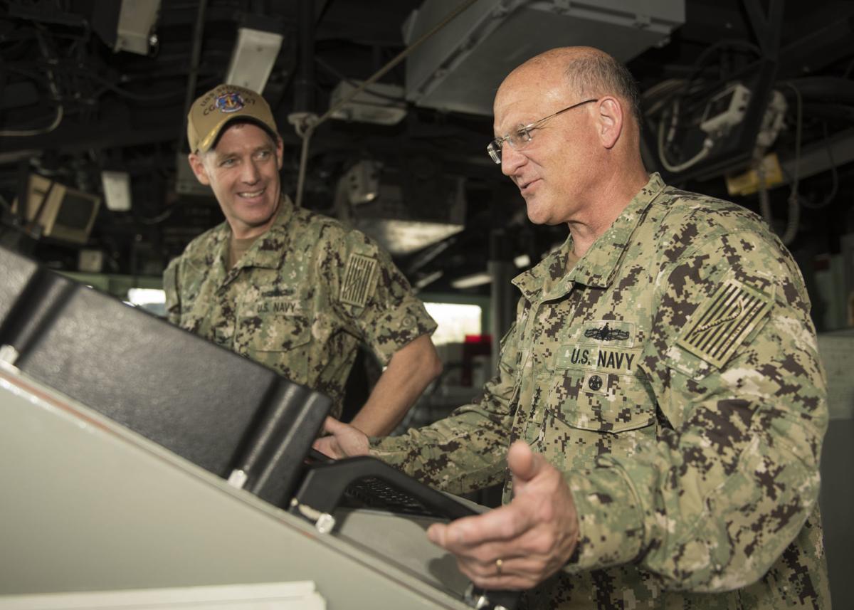 CNO Visits U.S. 7th Fleet