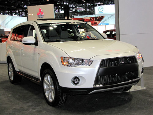 Updated Mitsubishi Outlander Offers Fresh Aggressive Approach To