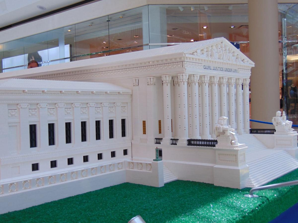 The Lego Americana Roadshow SUPREME COURT Build  with Original Instructions.