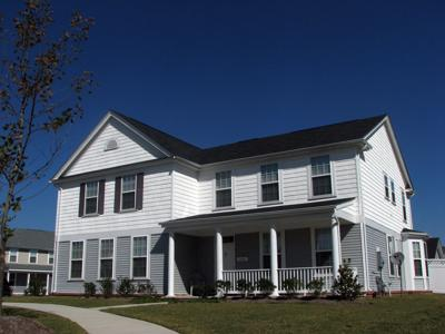 Lincoln Military Housing: Midway Manor
