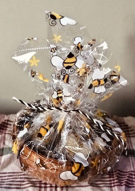 Honey & Skin Gift Baskets image 1