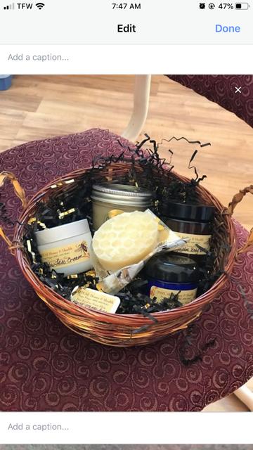 Honey & Skin Gift Baskets image 2