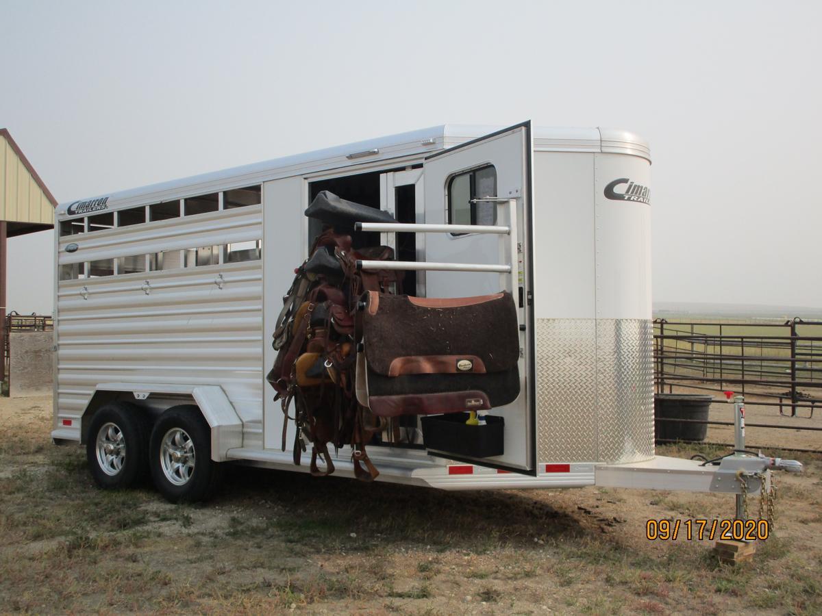 2020 Cimarron Horse Trailer image 1