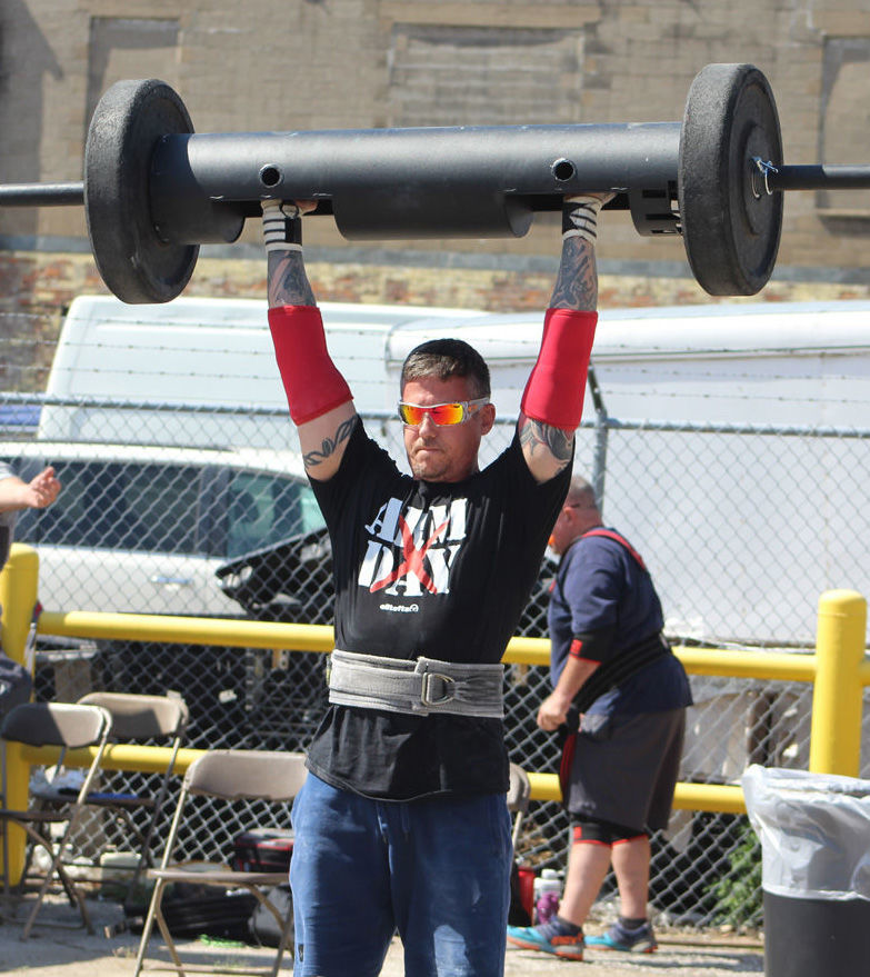 Hauck at Strongman Contest