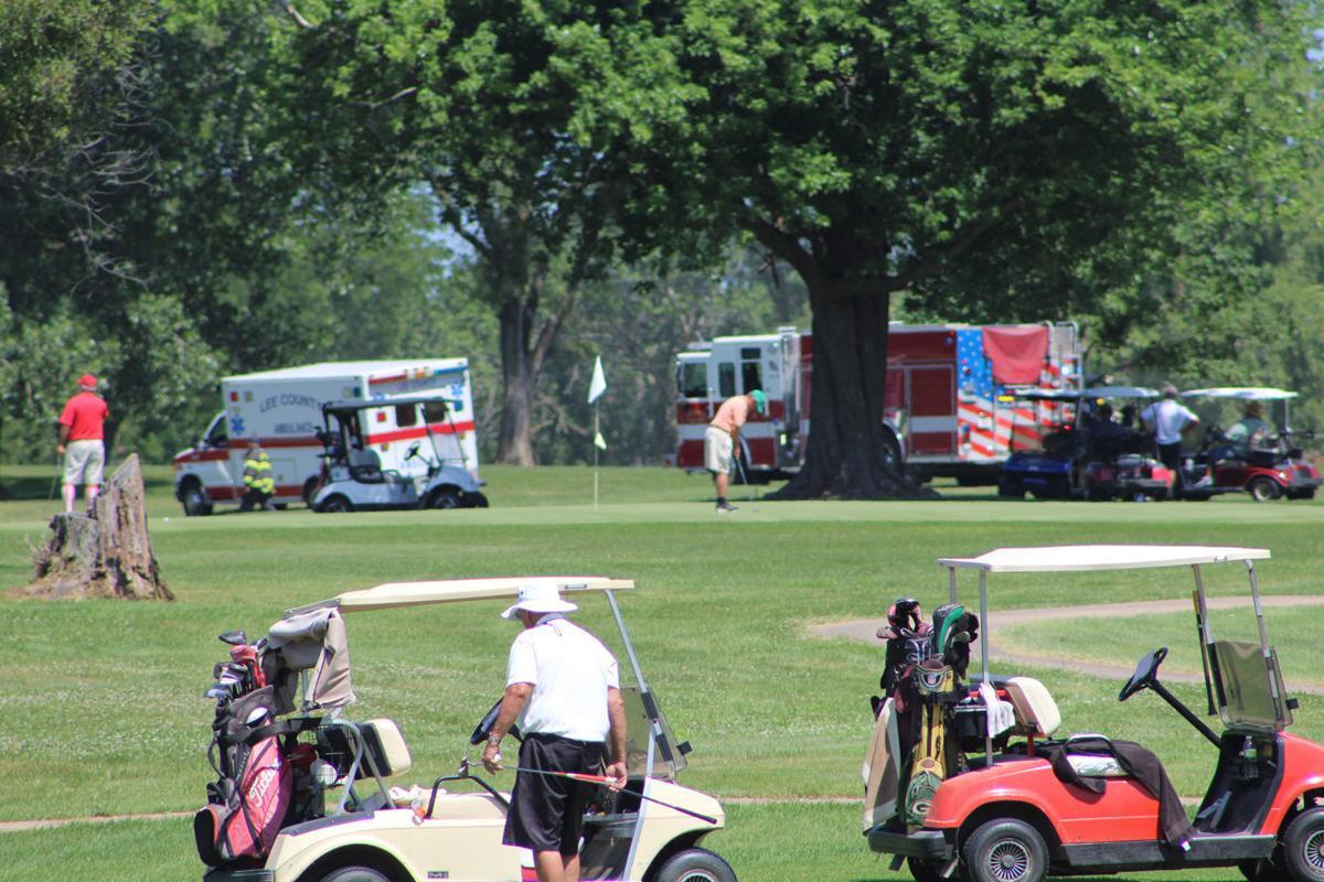 Plane lands on golf course