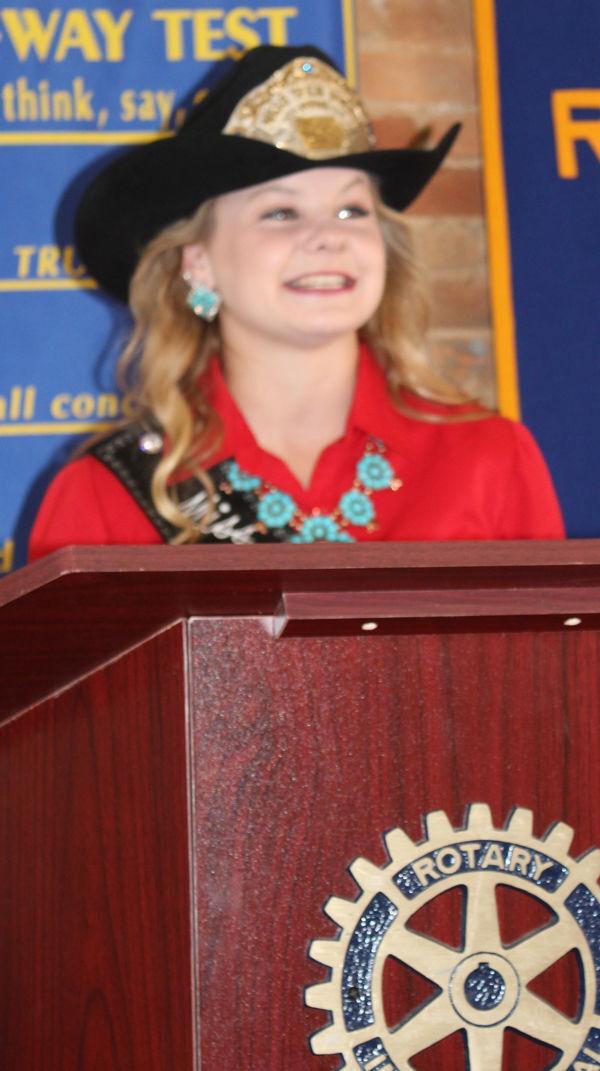 Miss Teen Rodeo Iowa Hailey Tweedy