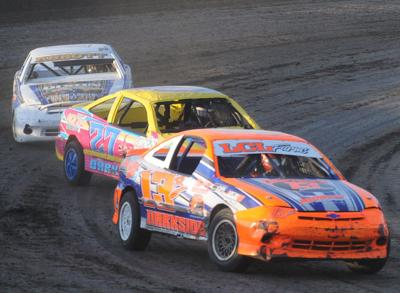 Barnes wins fifth feature at LCS