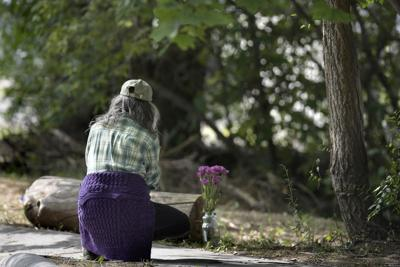 082719 flowers-tm.jpg