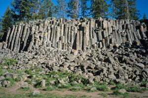 Caldera chronicles: The spectacular columns of Sheepeater Cliff