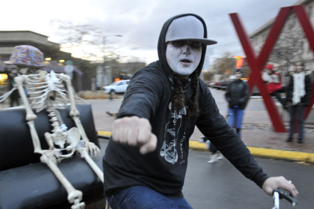 Tahj Kjelland in the Day of the Dead parade
