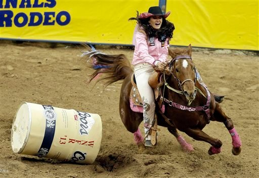 Cervi 2 For 2 So Far In Nfr Barrel Racing Rodeo