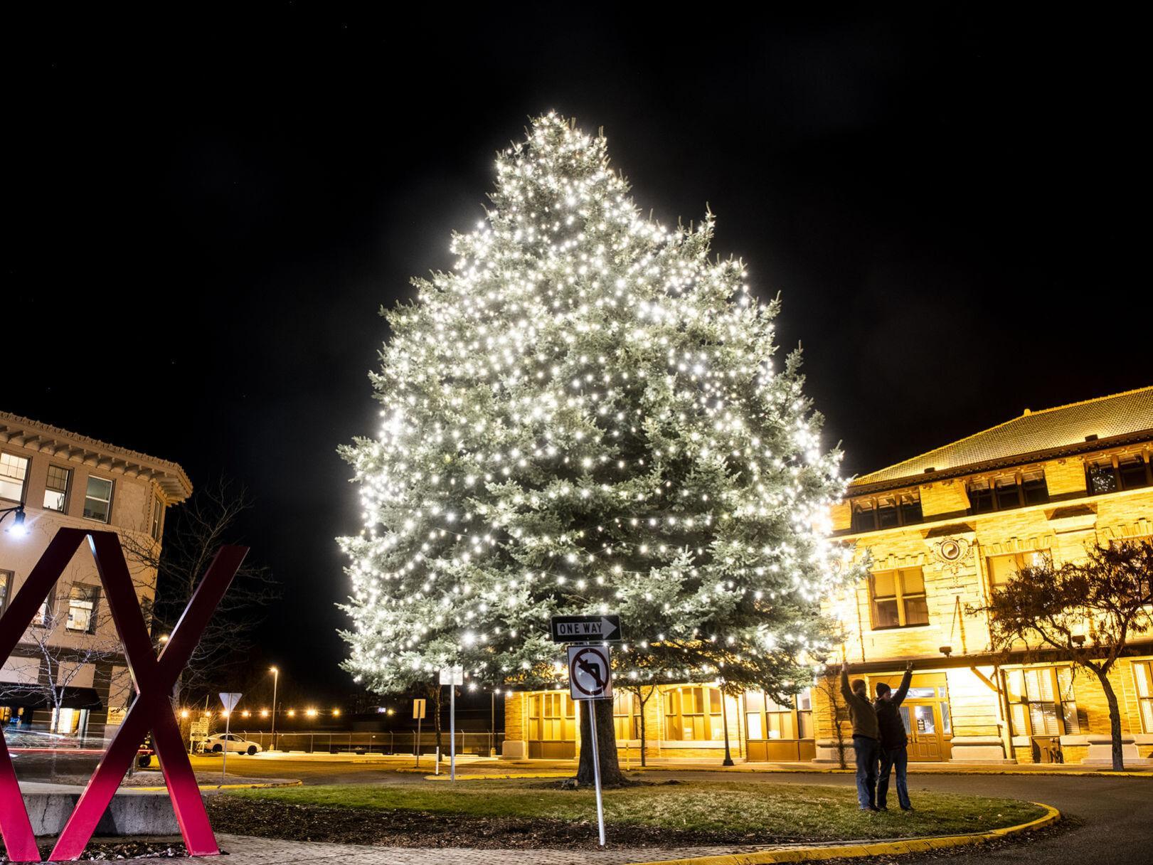 Christmas December Missoula 2021 Holidays Amid Covid 19 Missoula Celebrations Look Different Than Years Past Local News Missoulian Com