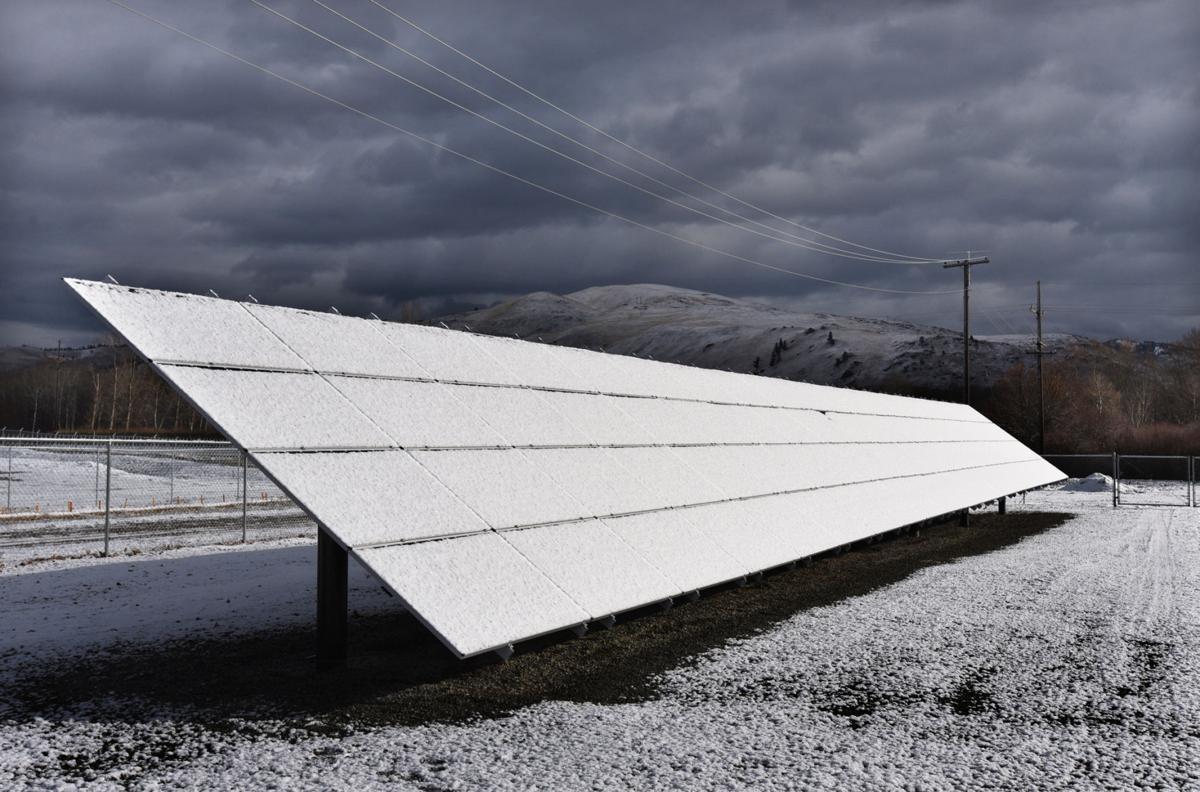 111615 Lolo Solar Panels1-tm.JPG