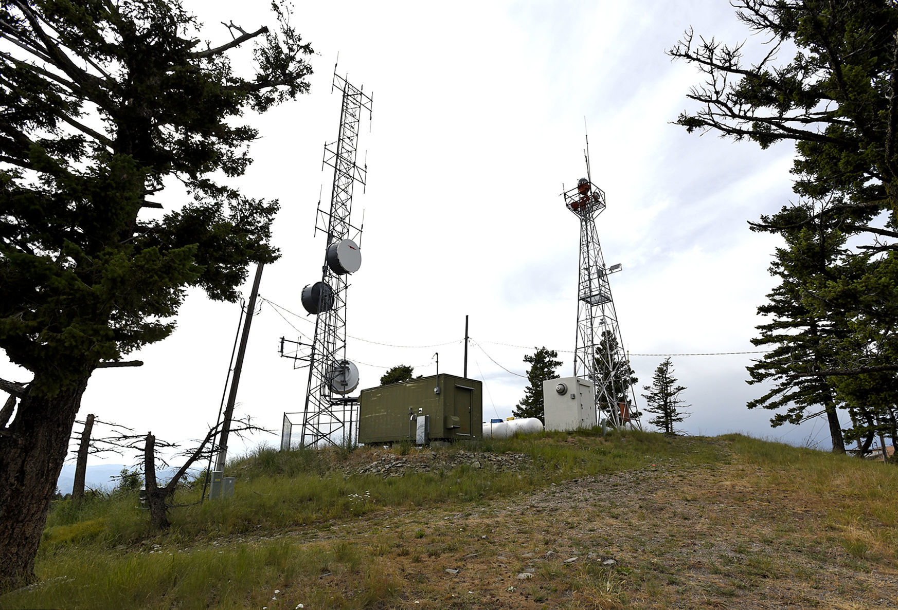 missoulian.com - Rob Chaney - Boosting broadband: Forest Service may change permits, access